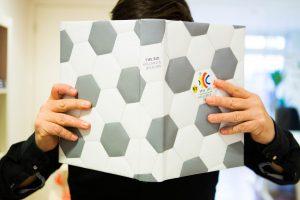 PerfectBook - The Bid Holland & Belgium met kunstleer en garen