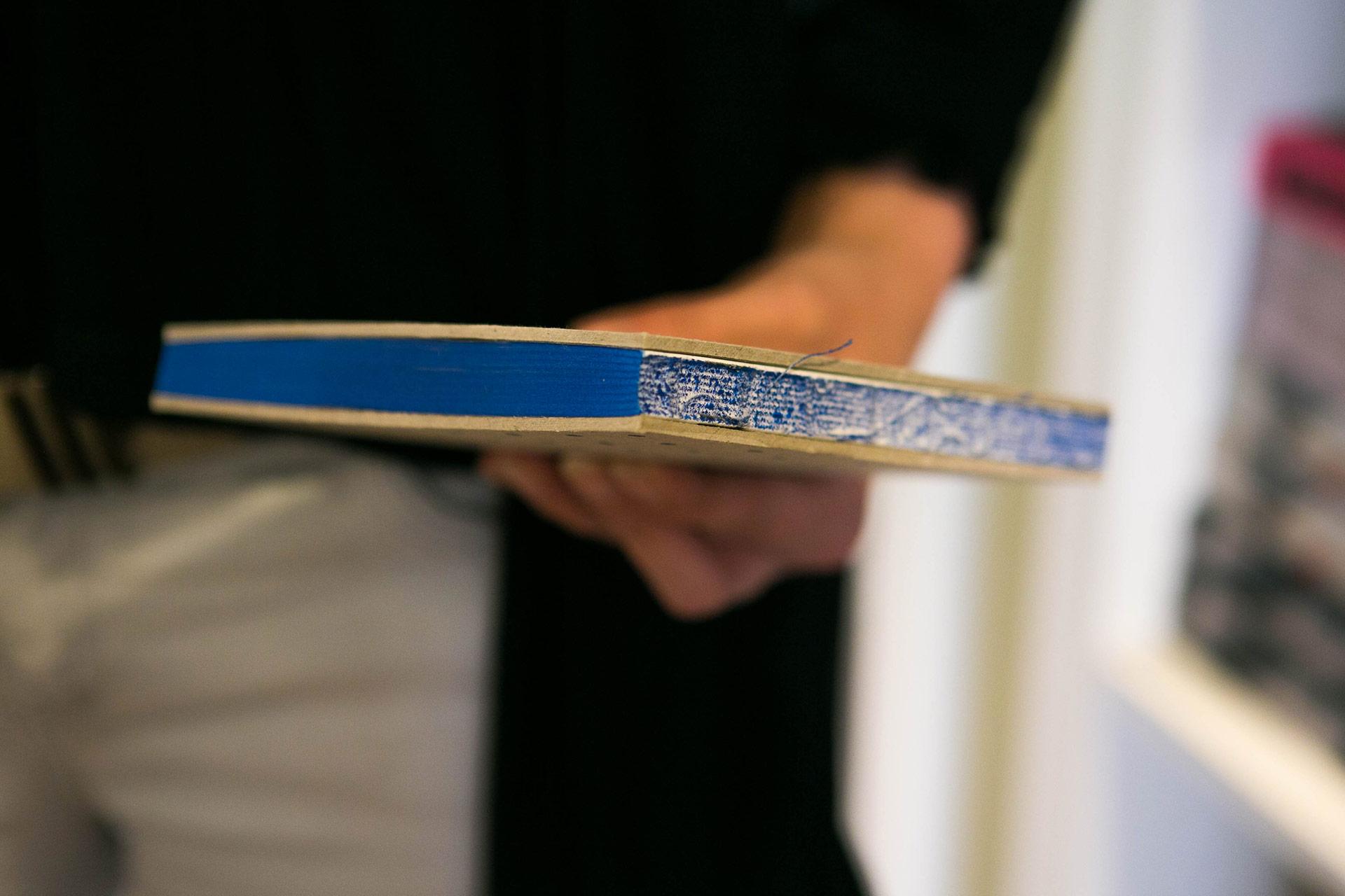 PerfectBook - Recycled papier, zeefdruk en offset met een open rug